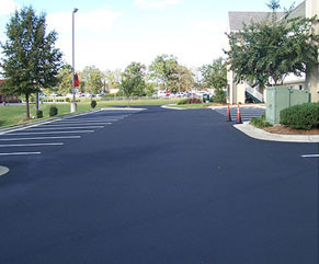 Parking lot seal coating in Middletown Ny